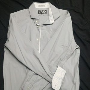 EXPRESS Men's fitted button down. LIMITED EDITION